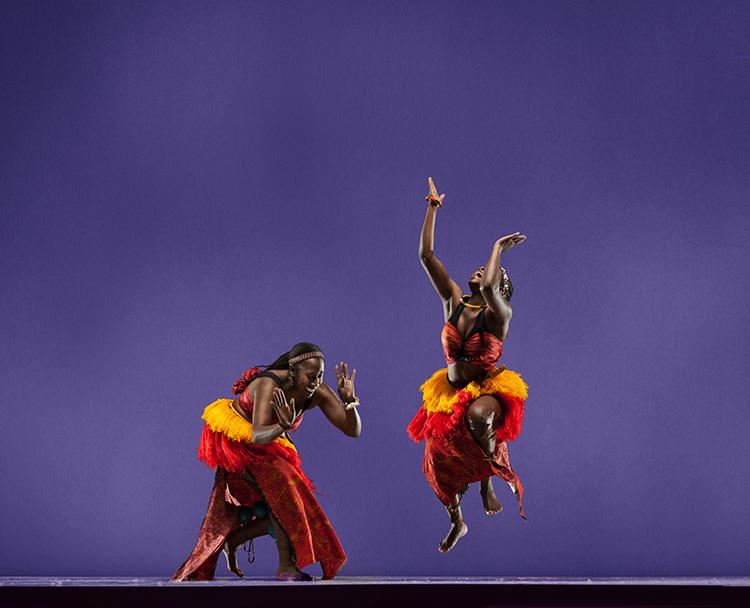 Rotunda Dance Series: Chiny...