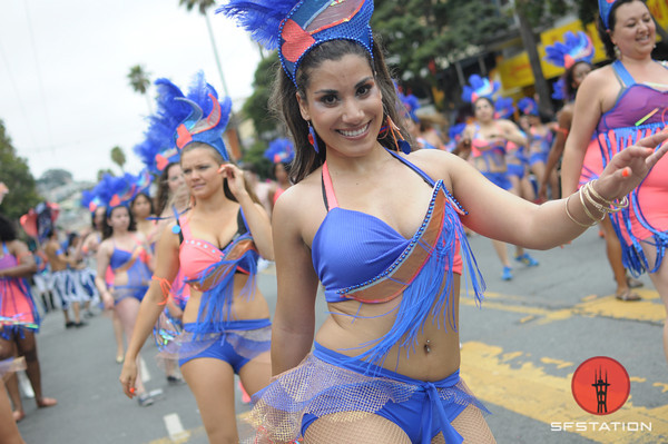 Carnaval Mission District