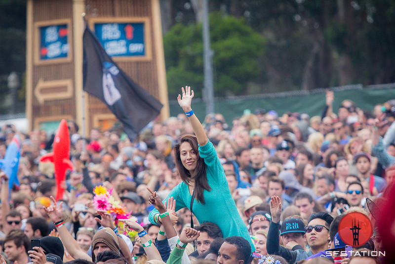 Photos: Outside Lands Day 1 With Pretty Lights, Nile Rodgers, Jessie Ware and More