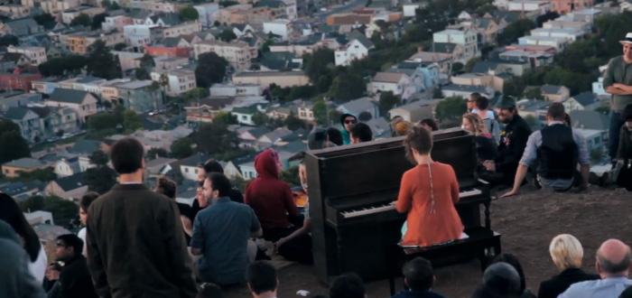 New Video Captures Pop-Up Bernal Heights Piano Recital