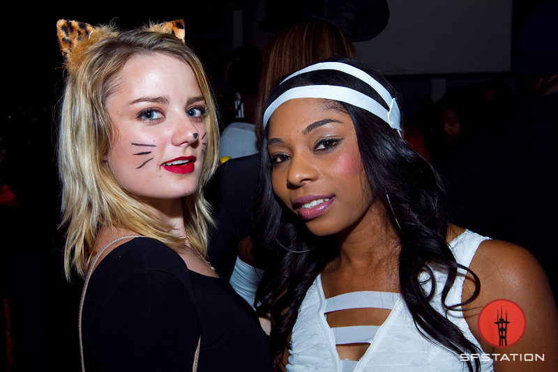Photos: Vixens, Heroes and Villains at Yoshi's SF Monster's Ball