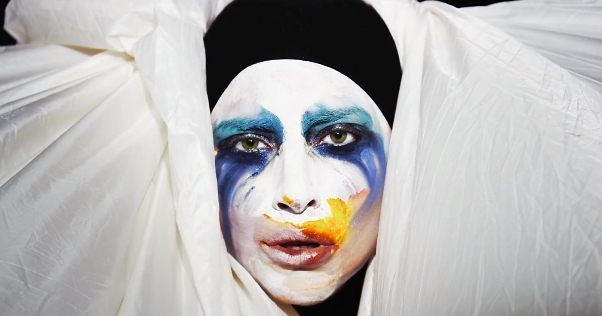 Lady Gaga to Return to Bay Area in 2014