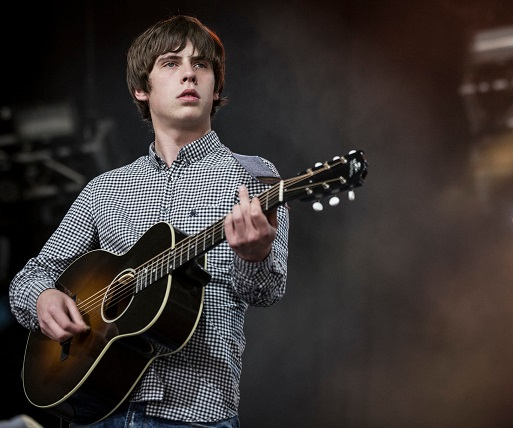UK Guitarist Jake Bugg Shares His Story from Nottingham to Nobel Prize