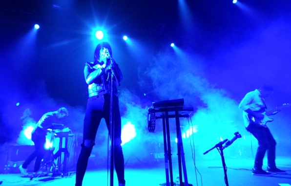 Review: Phantogram Starts U.S. Tour Strong in Oakland