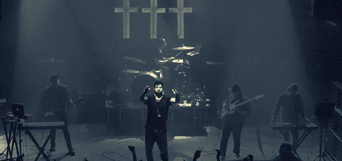 Review: ††† (Crosses) Sanctify the Independent with Sold-Out Shows