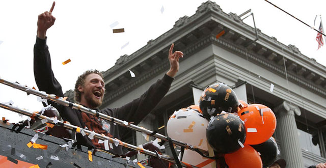Photos: A Little Rain and Big Smiles at the Giants World Series Parade