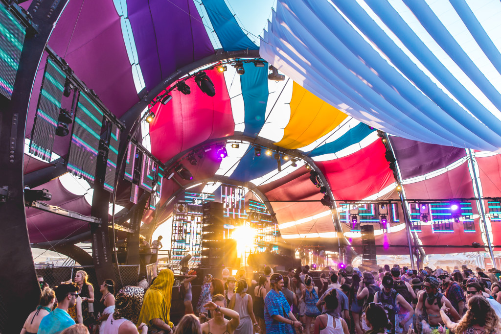 Lightning in a Bottle: A Festival for the Mind, Body and Soul - Daytime Party