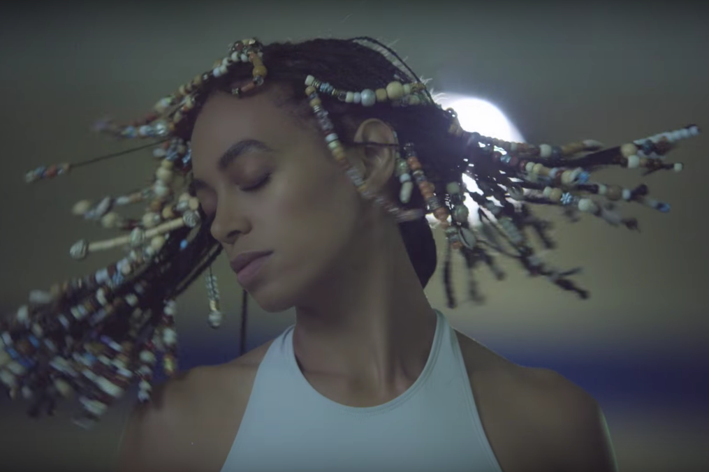 solange-number-one-album-a-seat-at-the-table-1476046207-compressed