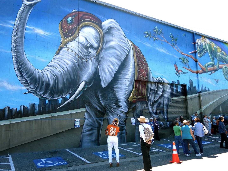 mural-elephant
