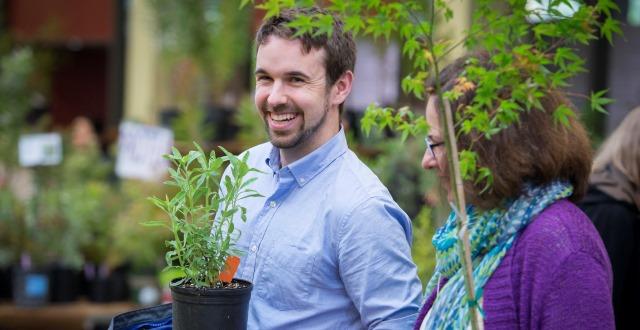 San Francisco Botanical Garden's 50th Annual Spring Sale in Full Bloom