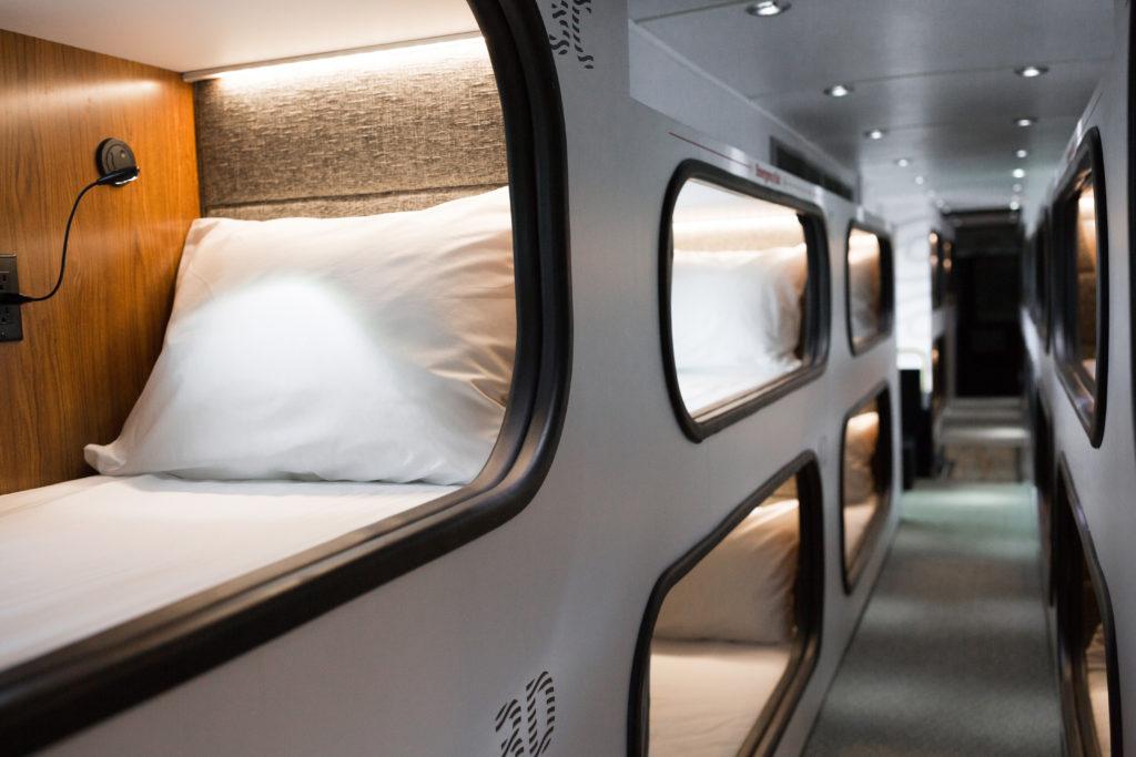 cabin-interior-03