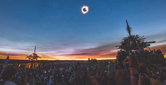 The Oregon Eclipse Gathering in Totality: Photos & More from Big Summit Prairie