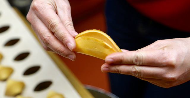 Huge Rent Increase May Force San Francisco Chinatown Fortune Cookie Factory to Close